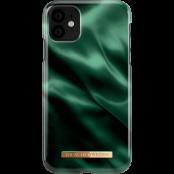 iDeal of Sweden skal till iPhone 11 - Emerald Satin